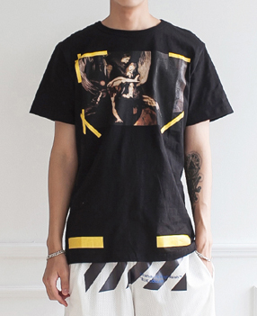 OFFWHITE 오프화이트 카라바조슬랍 반팔티(2color)