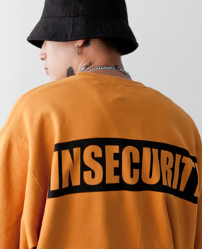 INSECURITY 오버핏 맨투맨(5color)